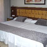 Hotel Room - 725