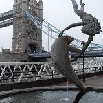 Statue & Bridge