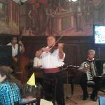 Music at Caru'cu Bere