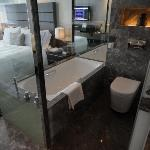 club city room bath