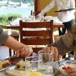 Desayuno con vista al Lago Llanquihue