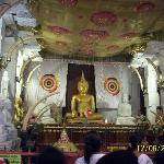 Temple of Tooth Relic 3