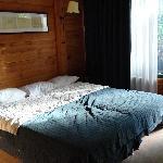 Le lit King Size qui etait enfaîte deux lit côte à côte