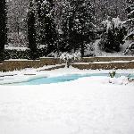 piscina innevata villa luna