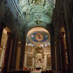 サンタ・クローチェ・イン・ジェルサレンメ聖堂