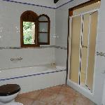 Can Berona Bathroom 2