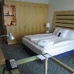 Room 1033