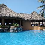 restaurant and pool at Torres Mazatlan
