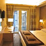 IQ Hotel - Room 411