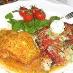 arrostini nello speck con Rösti di patate  e verdure