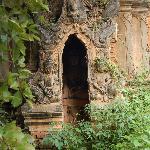 ruinas entre la selva