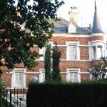 pequeño palacio cerca del palacio real