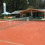 Tennishütte mit Sonnenterrasse