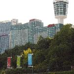 look on the hotel from the Falls side