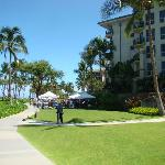 Kaanapali Beach walkway in front of the resort