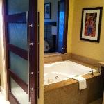 Jacuzzi tubs in both bathrooms