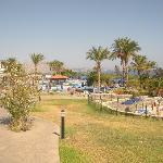 vialetto principale del villaggio per le piscine