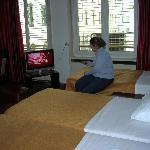 Habitación con tv plana