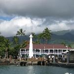 The Pioneer Inn from the sea