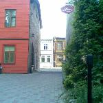 Внутренний двор и второй выход