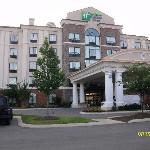 Front of Days Inn