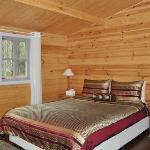 ALPINE CABIN - Bedroom