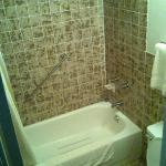 70's bathroom
