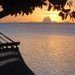 coucher de soleil sur Bora