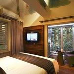 room setting 2