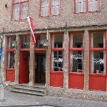 Diligence, Bruges