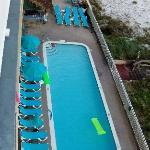 Pool & Cabana Bar