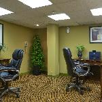 Business Center complimentary for hotel guests