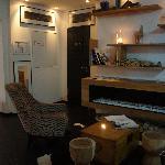 Lobby salon
