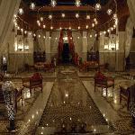 Eingangshalle im Royal Mansour, Marrakesch