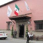 Las Mananitas entrance SEP2011