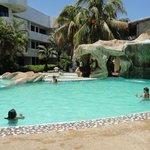 otra piscina del hotel