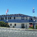 Snells Beach Motel