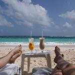 relax total en el bar de la playa del hotel en san luis :)