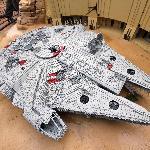 Il Millenium Falcon di Star Wars in versione Lego