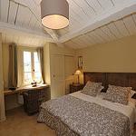 chambre maison de village Jardins de Saint-Benoit