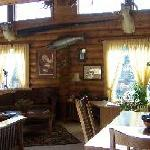 Alaska Hooksetters Lodge Interior