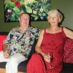 Joe und Julie, die perfekten Gastgeber und unsere neue Fiji-Familie