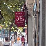 La Casa del Abuelo from street