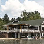 The Boat House Restaurant - casual lakeside dining, on the shore of Mirror Lake