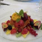 Sorbet mit Früchten