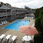 Holiday Hill Inn & Suites Foto