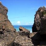 熱海ビーチラインの海沿いは絶景スポットです