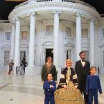 White House and Statues of the Family