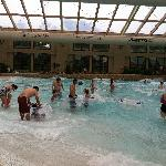 Waterdome: Wave pool