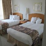 Twin Bed (1 bedroom suite)